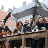 18-01-15_Memmingen_Narrensprung_Fasnet_Fasching_Nachtumzug_Stadtbachhexen_Poeppel_new-facts-eu0516