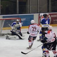 23-01-15_Eishockey_Indians_ECDC-Memmingen_Waldkraiburg_Match_Fuchs_new-facts-eu0007