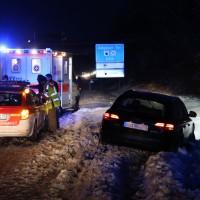 30-01-15_A7-Dietmannsried_Unfall_Schnee_Feuerwehr_Poeppel_new-facts-eu0001