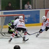 01-02-2015_Eishockey_Memmingen_Indians-ECDC_ Hoechstadt_match_Fuchs_new-facts-eu0006