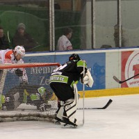 01-02-2015_Eishockey_Memmingen_Indians-ECDC_ Hoechstadt_match_Fuchs_new-facts-eu0058