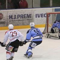 06-02-15_eishockey_ecdc_indians-memmingen_lindau_fuchs_new-facts-eu0012