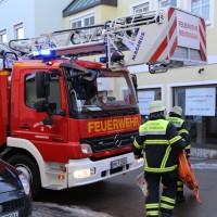 11-02-15_BY_Memmingen_Baustelle_medizinischer-Notfall_Feuerwehr_Poeppel_new-facts-eu0007