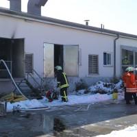 13-02-15_BW_Biberach_Kirchberg_Brand_Bruehterei_Feuerwehr_Poeppel_new-facts-eu0024