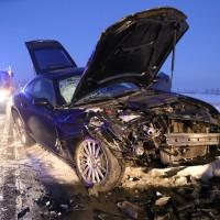 13-02-15_BW_Erolzheim_Kirchdorf_Unfall_Traktor_Pkw_Feuerwehr_Poeppel_new-facts-eu0012
