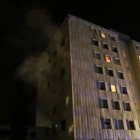 14-02-15_BY_Memmingen_Wohnungsbrand-Hochhaus_Feuerwehr_Poeppel_new-facts-eu0030