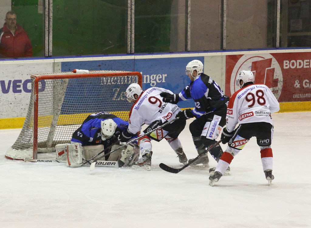 28-02-15_eishockey_memmingen_play-off_indians_ecdc_landsberg_fuchs_new-facts-eu0016