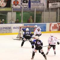 28-02-15_eishockey_memmingen_play-off_indians_ecdc_landsberg_fuchs_new-facts-eu0071