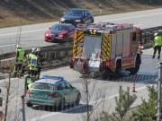 20-03-15_A96_Tüerkheim_Mindelheim_Unfall_Feuerwehr_Poeppel_new-facts-eu0004
