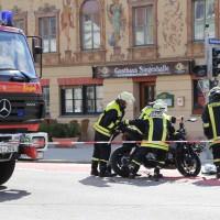 03-04-15_BY_Unterallgaeu_Mindelheim_Motorradunfall_Feuerwehr_Poeppelnew-facts-eu0002