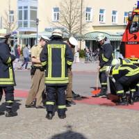 03-04-15_BY_Unterallgaeu_Mindelheim_Motorradunfall_Feuerwehr_Poeppelnew-facts-eu0010
