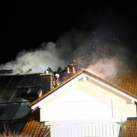 15-04-15_BY_Unterallgaeu_Ottobeuren_Brand_Dachstuhl_Feuerwehr_Poeppel_new-facts-eu0025
