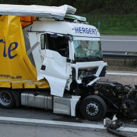 24-04-15_A96_Wangen_Lkw-Unfall_Feuerwehr_Poeppel_new-facts-eu0019