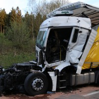 24-04-15_A96_Wangen_Lkw-Unfall_Feuerwehr_Poeppel_new-facts-eu0050