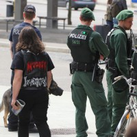 25-04-15_BY_Memmingen-Anti-Nazi-Demo_Poeppel_Poeppel_new-facts-eu0004