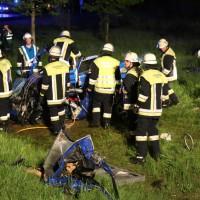 04-05-15_BY_Unterallgaeu_Erkheim_Unfall_Feuerwehr_Poeppel_New-facts-eu0046
