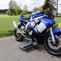 10.05.2015-Ostallgäu-Kaltental-Helmishofen-ST2035-Motorrad-19 jährige-Mauer-ohne Helm-lebensgefährlich-verletzt-Rettungswagen-Rettungshubschrauber-Notarzt-Murnau-Bringezu-Thorsten (23)