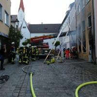 02.06.2015-Kaufbeuren-Brand-Altstadt-Wohnhaus-unbewohnbar-Großeinsatz-Feuerwehr-Rettungsdienst-mehrere Verletzte-New-facts (14)
