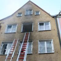 02.06.2015-Kaufbeuren-Brand-Altstadt-Wohnhaus-unbewohnbar-Großeinsatz-Feuerwehr-Rettungsdienst-mehrere Verletzte-New-facts (27)