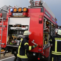 12-06-15_BY_Unterallgaeu_Ottobeuren_Guggenberg_Unfall_Feuerwehr_Poeppel_new-facts-eu0022