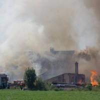 05-07-2015_BY_Unterallgaeu_Niederrieden_Brand_Sagewerk_Feuerwehr_Riedel_new-facts-eu0012
