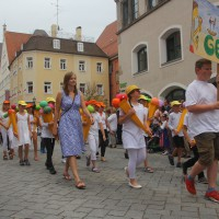 23-07-2015_Memminger-Kinderfest-2015_Umzug_Kuehnl_new-facts-eu0124