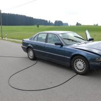 Unfall-Elbsee-Telefonmast-BMW-Seniorin-verletzt-kein Telefon-Mast-abgerissen-Rettungdienst-Hubschrauber-new-facts.eu-Thorsten-Bringezu-Aitrang (25)