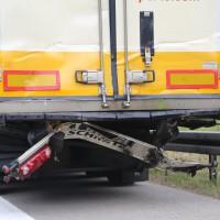 18-08-2015_A96_Kohlbergtunnel_Stetten_Erkheim_Lkw-Unfall_Vollsperrung_Feuerwehr_Poeppel_new-facts-eu0066