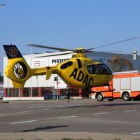 22-08-215_Memmingen_Unfall_Radfahrer_Pkw-Rettungshubschrauber_Poeppel_new-facts-eu0031
