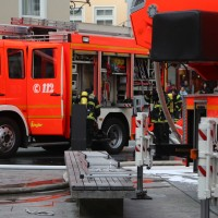 21-10-2015_Memmingen_Zimmerbrand_Theaterplatz_Feuerwehr_Poeppel_new-facts-eu022
