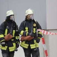 31-10-2015_Biberach_Dettingen-Iller_Chemie_Gefahrgut_Lidl_Feuerwehr_Poeppel_new-facts-eu0074
