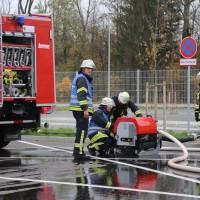 31-10-2015_Biberach_Dettingen-Iller_Chemie_Gefahrgut_Lidl_Feuerwehr_Poeppel_new-facts-eu0087