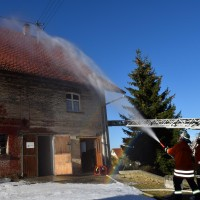 07-11-2015_Biberach_Gutenzell-uebung_Bauernhof-Brand_Feuerwehr_new-facts-eu0015