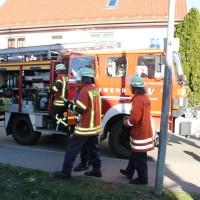 07-11-2015_Biberach_Gutenzell-uebung_Bauernhof-Brand_Feuerwehr_new-facts-eu0024