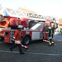 07-11-2015_Biberach_Gutenzell-uebung_Bauernhof-Brand_Feuerwehr_new-facts-eu0029