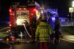 10-11-2015_Unterallgaeu_Bad-Woerishofen_Brand_Laube_Wohnhaus_Feuerwehr_Poeppel_new-facts-eu0036