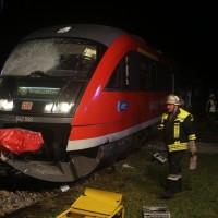 2015_BY_Unterallgaeu_Breitenbrunn_Unfall_Regionalzug_Linienbus_Feuerwehr_Poeppel_new-facts-eu0006