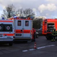 03-01-2016_A7_Memmingen_Unfall_Stau_Pkw-Brand_Feuerwehr_Poeppel_new-facts-eu0023