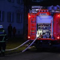 03-01-2016_Memmingen_Metzgerweg_Zimmerbrand_Verletzte_Feuerwehr_Poeppel_new-facts-eu0008