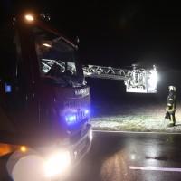 03-01-2016_Unterallgaeu_Ottobeuren_Leupolz_Unfall_Fussgaenger_toedlich_Pkw-Feuerwehr_Poeppel_new-facts-eu0004