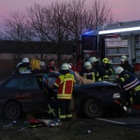 21-02-2016_BW_B312_Erlenmoos_Unfall_Feuerwehr_Polizei_Poeppel_new-facts-eu_mm-zeitung-online021