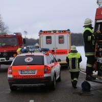 25-02-2016_BY_unterallgaeu_Lachen_Unfall_Feuerwehr_Poeppel_new-facts-eu_mm-zeitung-online042