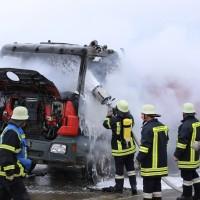 16-03-2016_Memmingen_Volkratshofen_Lkw-Brand_Feuerwehr_Poeppel_new-facts-eu009