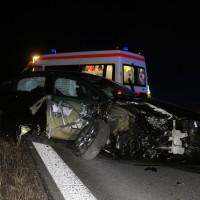 17-03-2016_A96-Aichstetten_Leutkirch_Unfall_Pannenfahrzeug_Polizeikombi_Auffahrer_Fluechtiger_Poeppel_new-facts-eu017