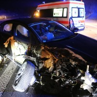 17-03-2016_A96-Aichstetten_Leutkirch_Unfall_Pannenfahrzeug_Polizeikombi_Auffahrer_Fluechtiger_Poeppel_new-facts-eu033