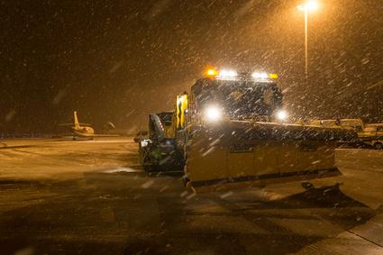 Flughafen Winterdienst Schnee