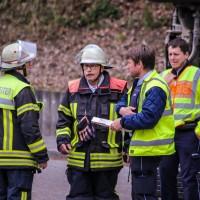02-04-2016_Ravensburg_Hinstobel_Guelle-Lkw_Unfall_Feuerwehr_Bergung20160402_0026