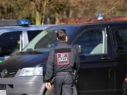 11-04-2016_Oberallgaeu_Lauben_Gaststaette_SEK-Einsatz_Polizei_Poeppel20160411_0009