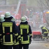 19-04-2016_Biberach_Gutenzell_Brand_Silo_Saegemehl_Feuerwehr_Poeppel20160419_0002