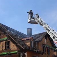 21-04-2016_Biberach_Großbrand_Gebaeude_Feuerwehr_Poeppel20160421_0012